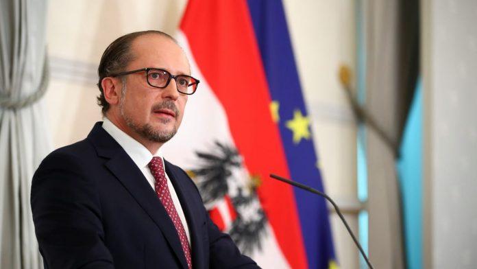 New Austrian Chancellor Alexander Schallenberg: Brief oath of allegiance!  - Politics abroad