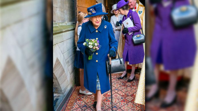 Queen Elizabeth Walks On A Stick - Generous Even With A Walker - Members Of The Royal Family