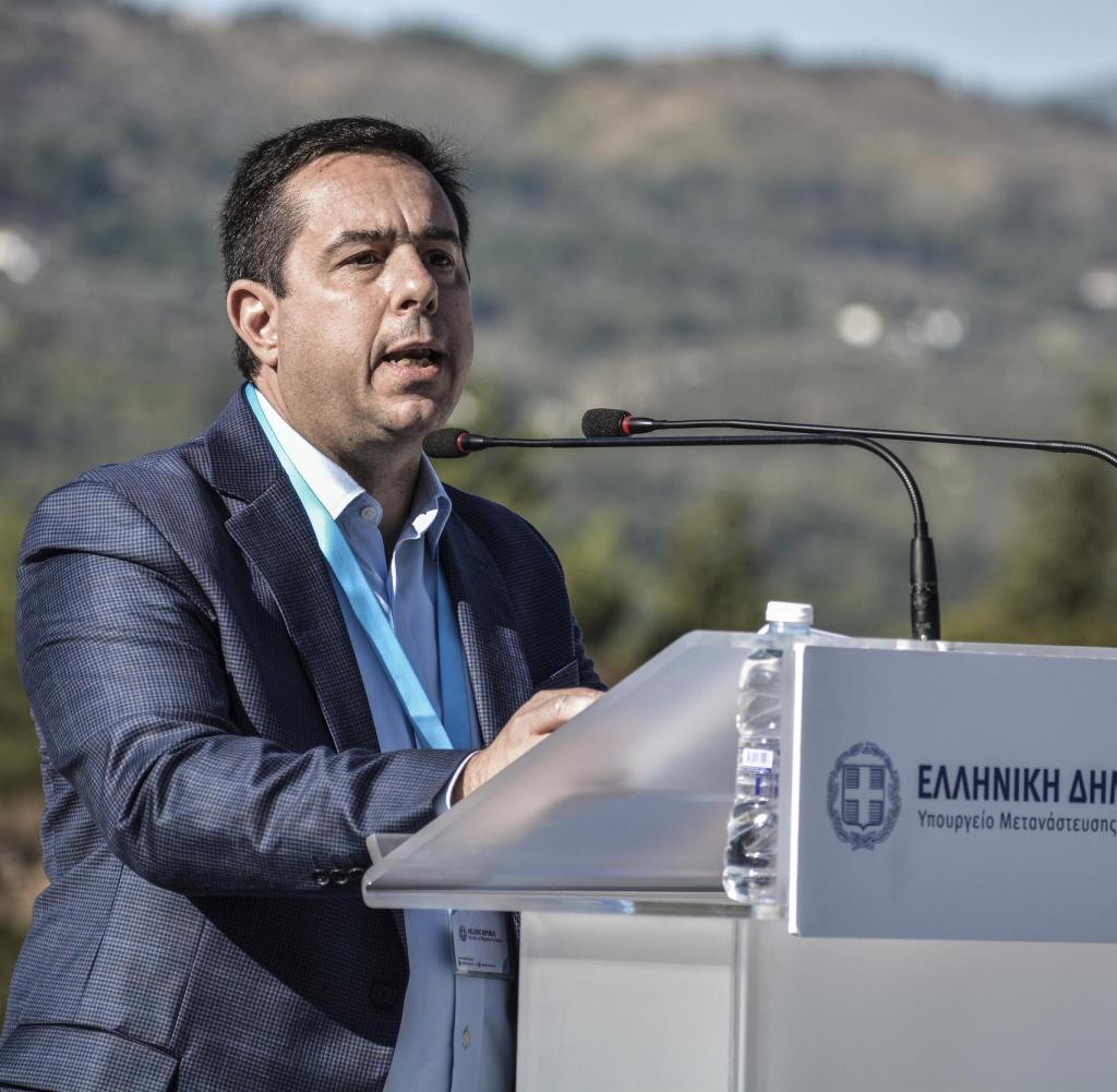 Calls for greater European involvement: Greek Minister of Migration Notice Mitarachi