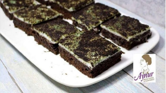 Mold cake for Halloween: a recipe for a moss cake