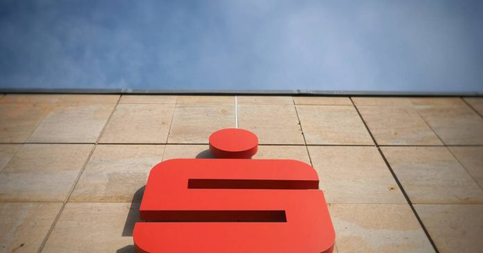 Sparkasse CEO expects more branch closures
